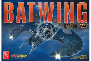 AMT Batwing incl. Bonus Backdrop Display AMT 948 - 1/25